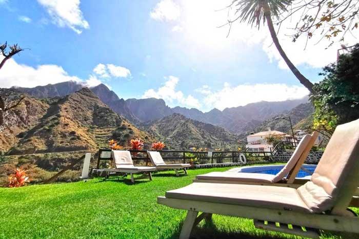 Apartamentos con piscina Los Telares en Hermigua