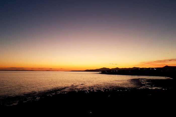 Atardecer en Playa Honda en Lanzarote