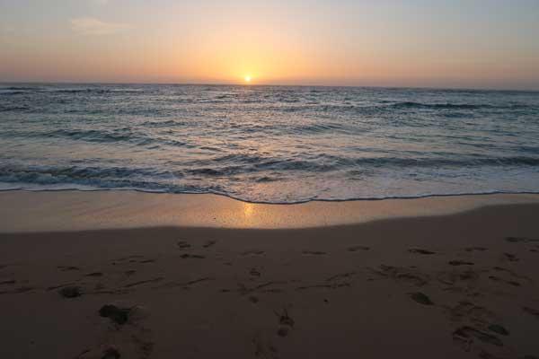 Playas romantica de Canarias, amanecer en Corralejo