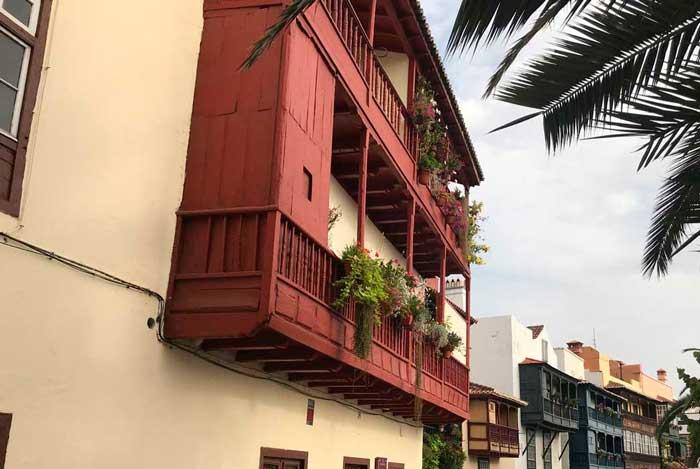 Balcones de la avenida maritima en Santa Cruz de La Palma