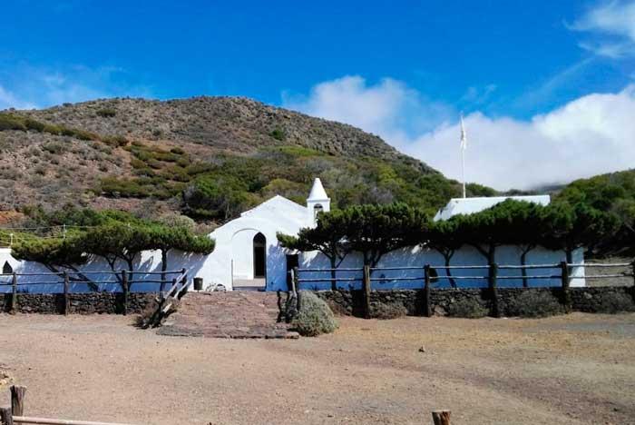 Ermita de la Virgen de Los Reyes en El Hierro