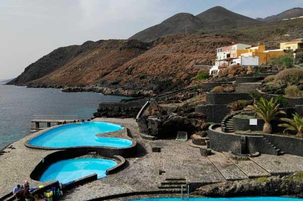 Piscinas de La Caleta en la Isla de El Hierro