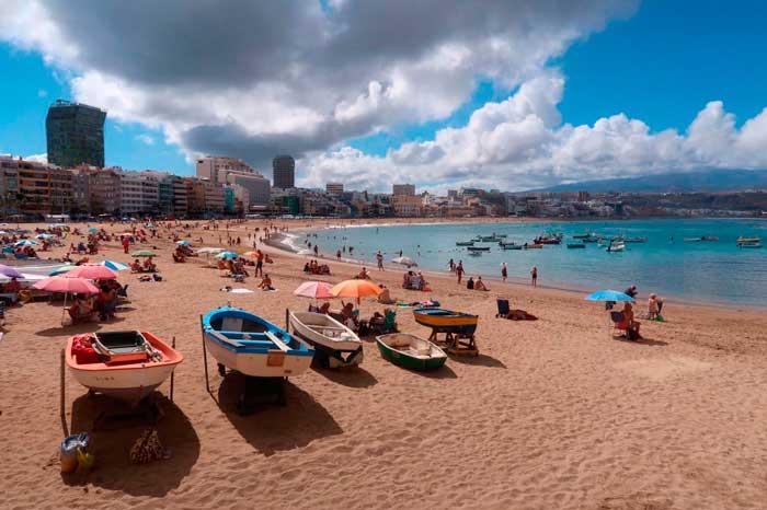 Playa de Las Canteras, una de las mejores playas de Gran Canaria