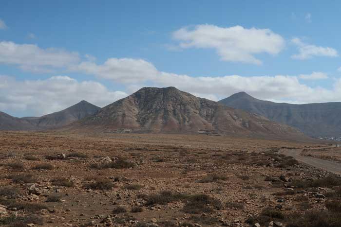 Montaña de Tindaya, la colina sagrada que visitar en Fuerteventura