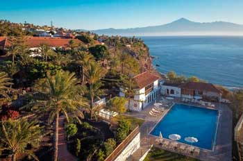 Piscina del Hotel Parador de La Gomera