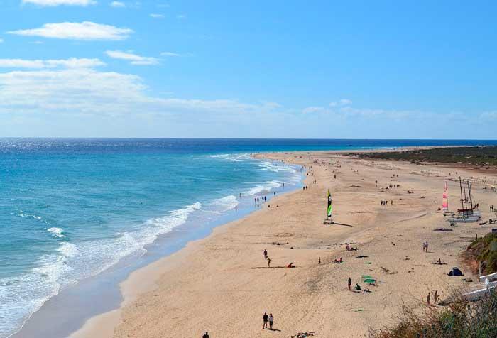 Playa El Matorral, imprescindibles que ver en Morro Jable en el sur de Fuerteventura