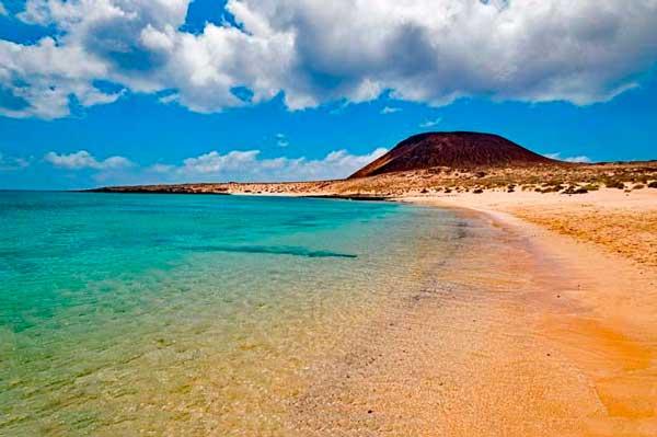 Playa de la Francesa en la Isla de La Graciosa