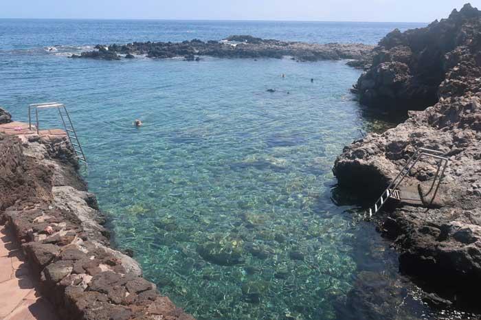 Playa de Tacorón en El Hierro
