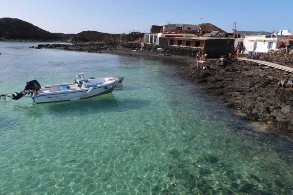 Snorkel en el Puertito de la Isla de Lobos junto al Restaurante de Antoñito el Farero en Fuerteventura